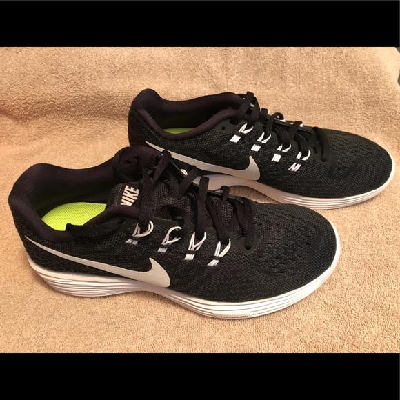 buy popular 42975 95376 Women s Nike Lunar Tempo 2 running sneakers